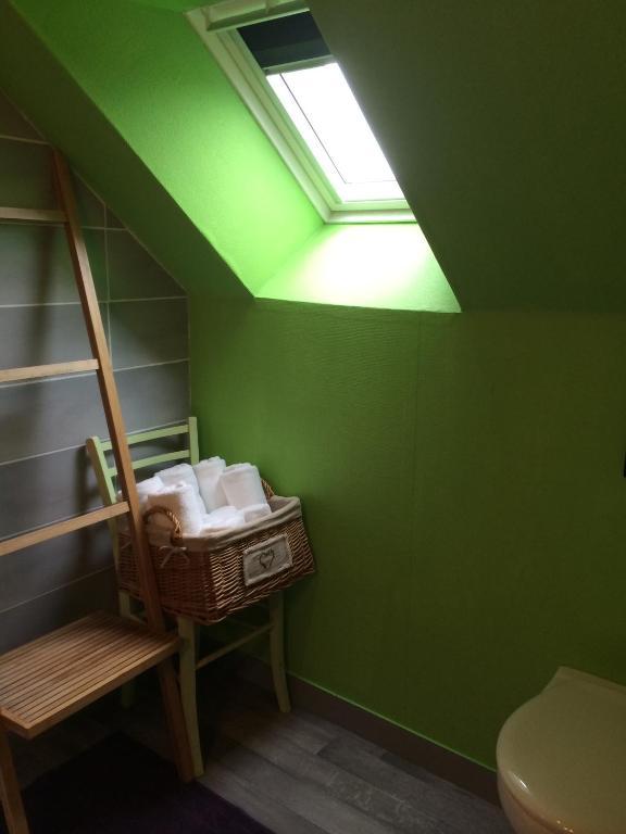 chambres d 39 h tes la ferme de la rochelle r servation gratuite sur viamichelin. Black Bedroom Furniture Sets. Home Design Ideas