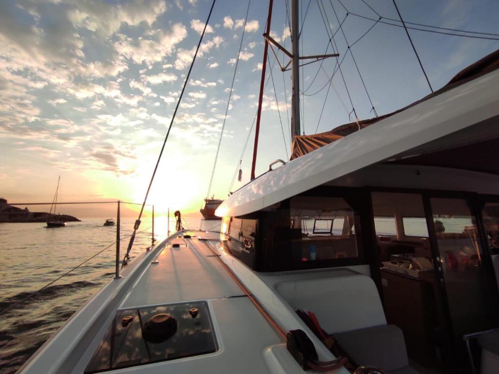 Nuit à bord d'un catamaran