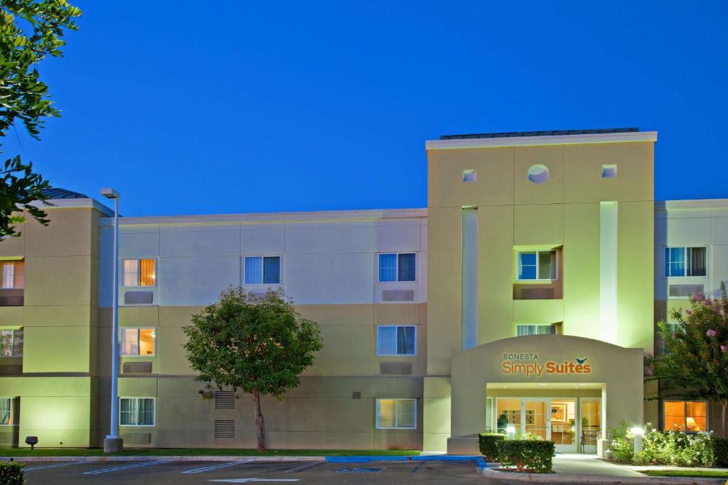 Sonesta Simply Suites Irvine Spectrum