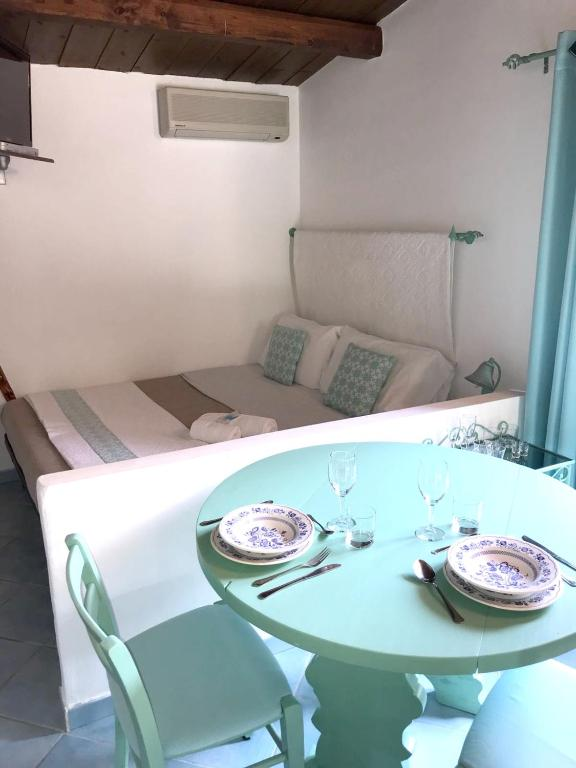 Studio in Olbia with shared pool and enclosed garden 2 km from the beach bild8