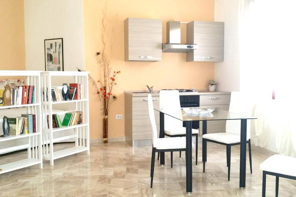 Studio in Villacidro with balcony and WiFi bild4