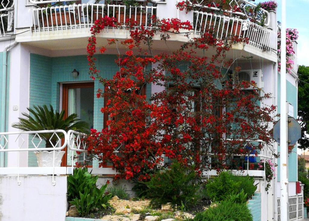 Studio in Villacidro with balcony and WiFi bild7