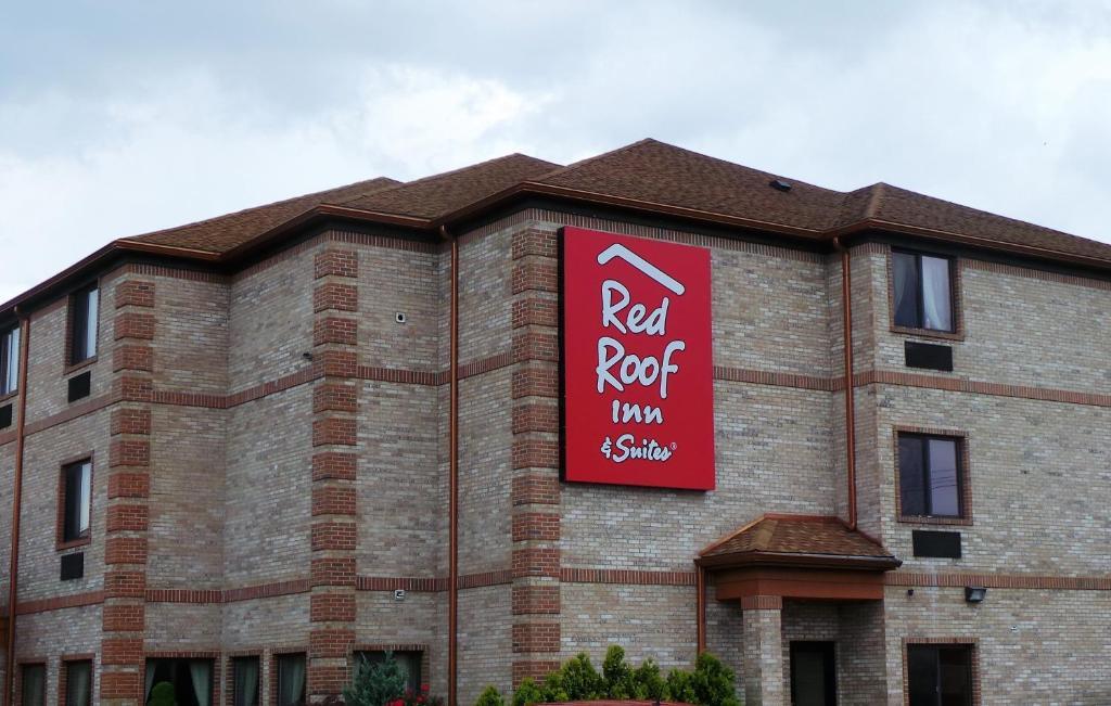 Red Roof Inn & Suites Detroit - Melvindale/Dearborn