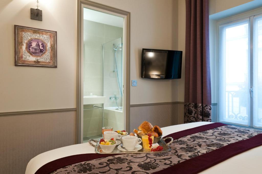 Hotel Monceau Paris Booking
