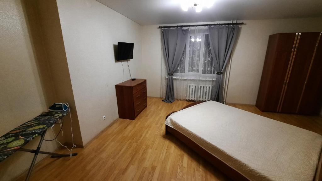 комфортная 2 комнатная квартира возле Аквапарка на Комсомольской 148