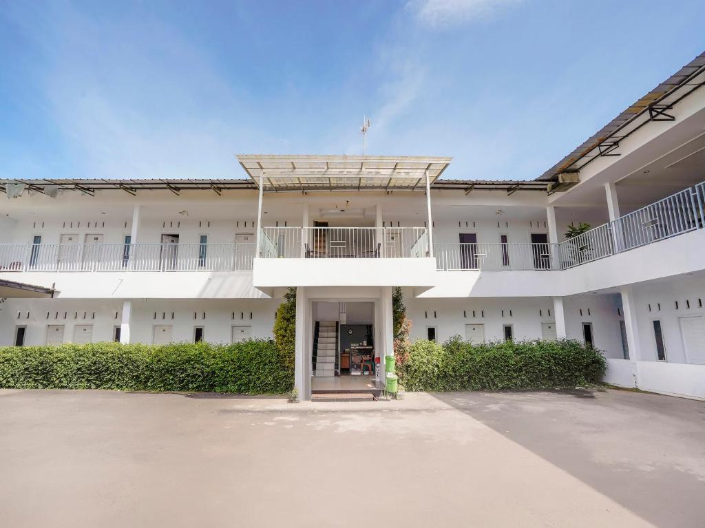 OYO 90086 Pondok Tasyiq Guest House Syariah