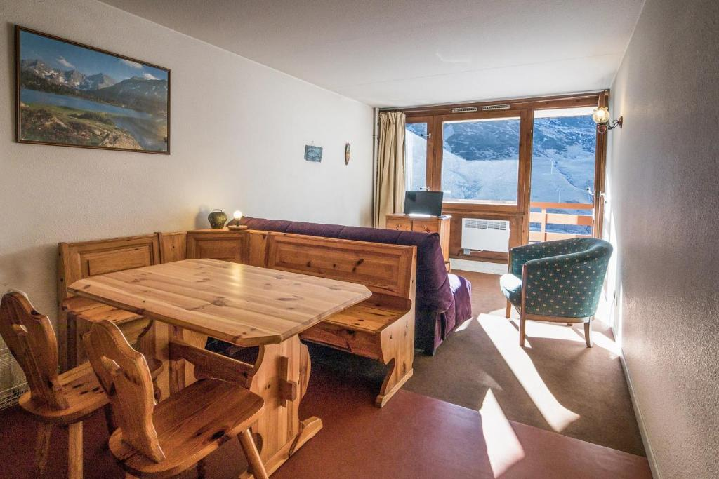 Nice flat at the heart of La Mongie in a ski-in residence - Welkeys