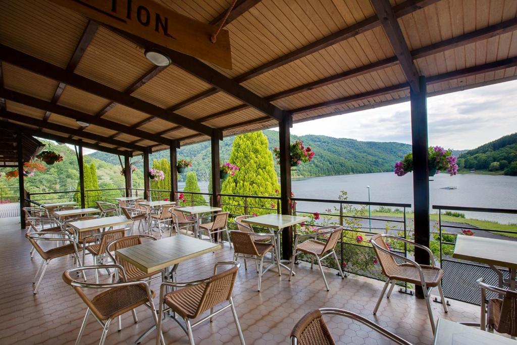 Hotel Restaurant Les Ancizes Comps