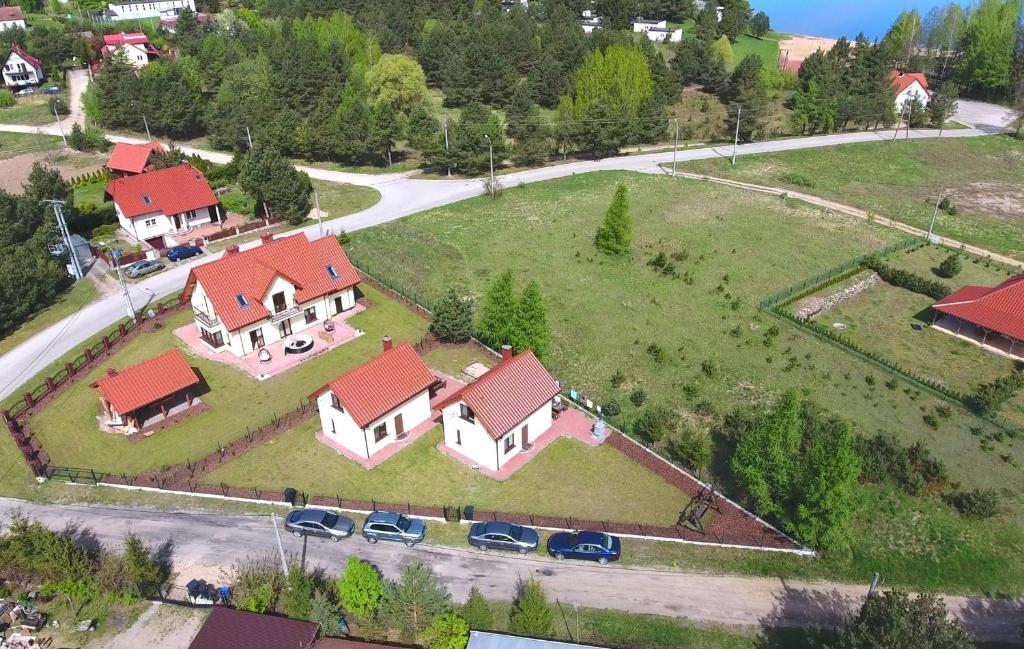noclegi Kruklanki Komfortowe domki letniskowe nad jeziorem na Mazurach 2