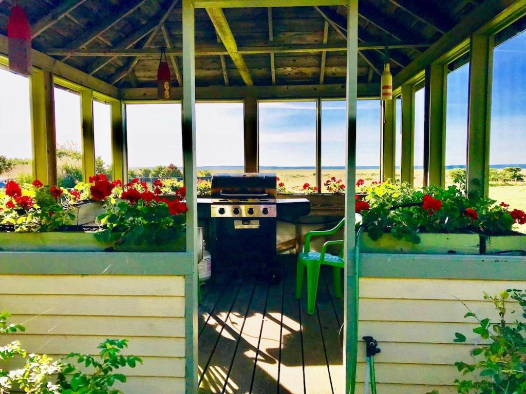Maine Beach Vacation Home Oceanfront Home-15 Acre- Private Path To Sandy Beach-Gorgeous Views