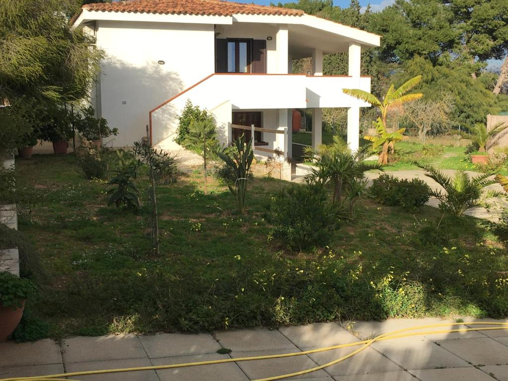 Casa Vacanze Porto Pino img1