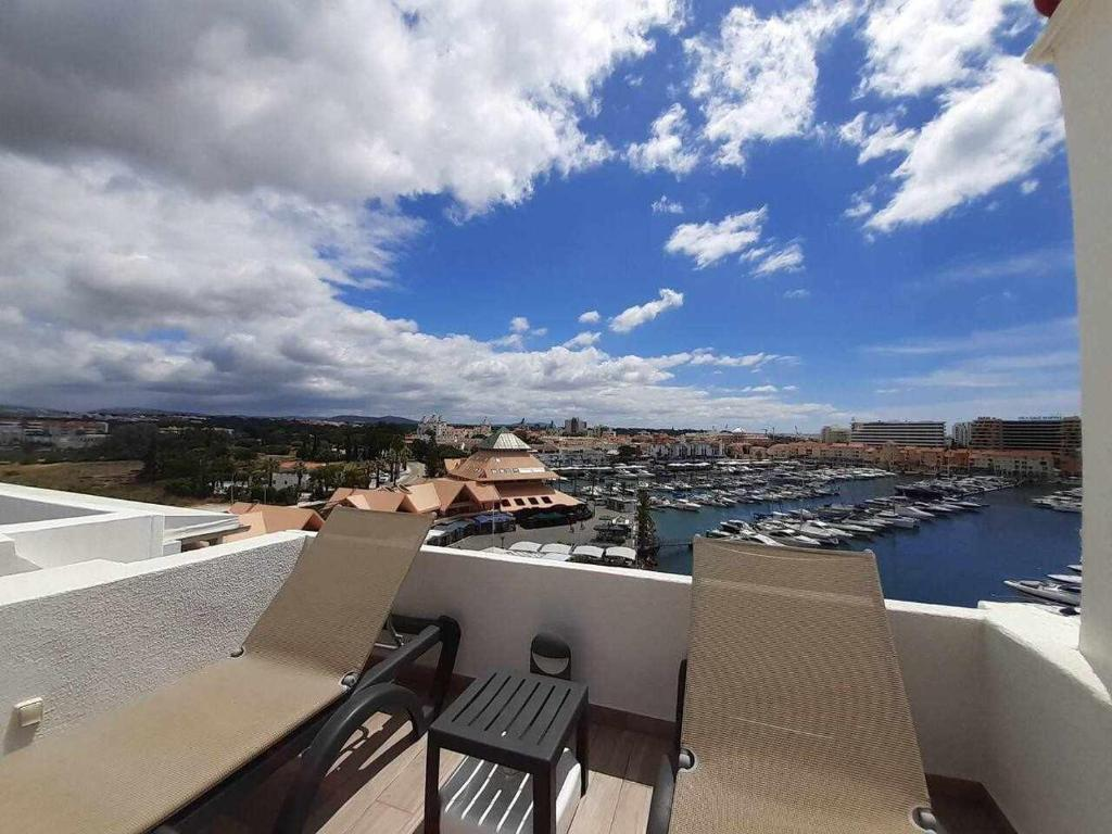 L25 Astonishing TWO bedrooms apartment