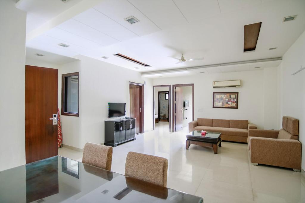 Olive Service Apartments - Greater Kailash