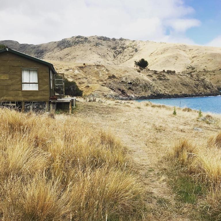 THE FISHERMAN'S HUT and short farm hike