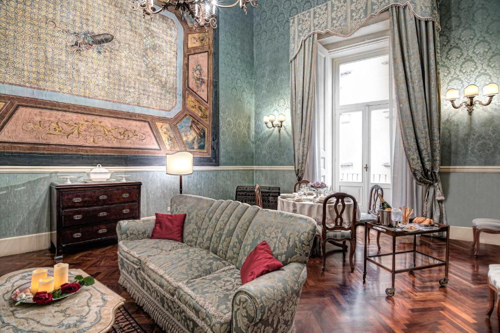 Suite Borbone Royal
