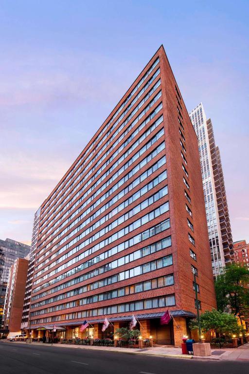 Sonesta ES Suites Chicago Downtown Magnificent Mile