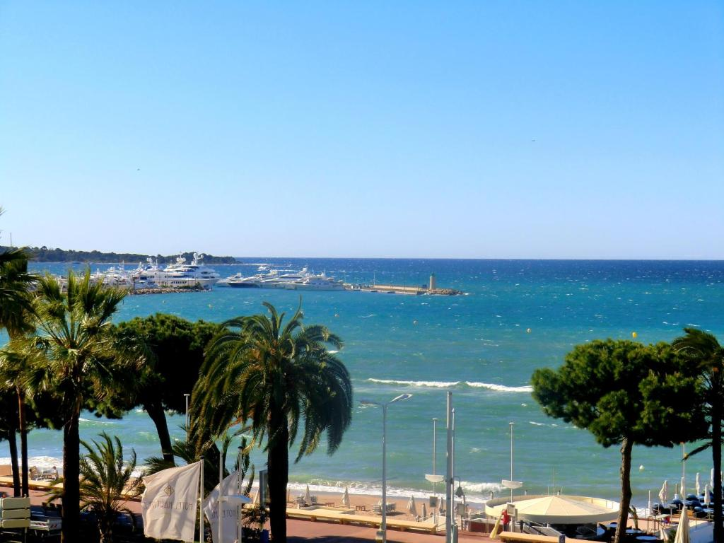 Appartement Cannes, 2 pièces, 4 personnes - FR-1-470-46