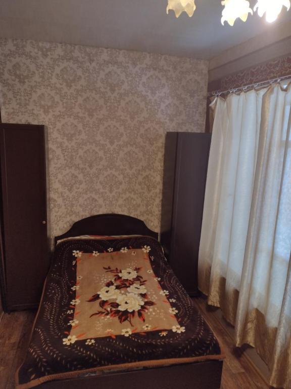 Квартира-студия, в самом центре города.