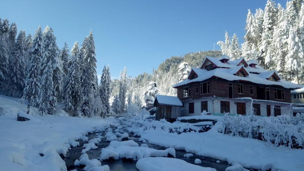 Shiva valley River Side Home stay