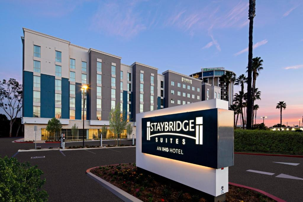 Staybridge Suites - Long Beach Airport, an IHG Hotel