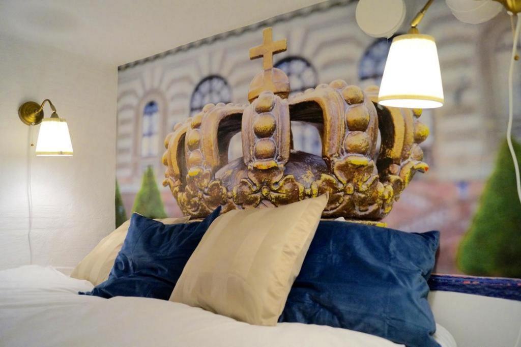Hotel Queen & Apartments