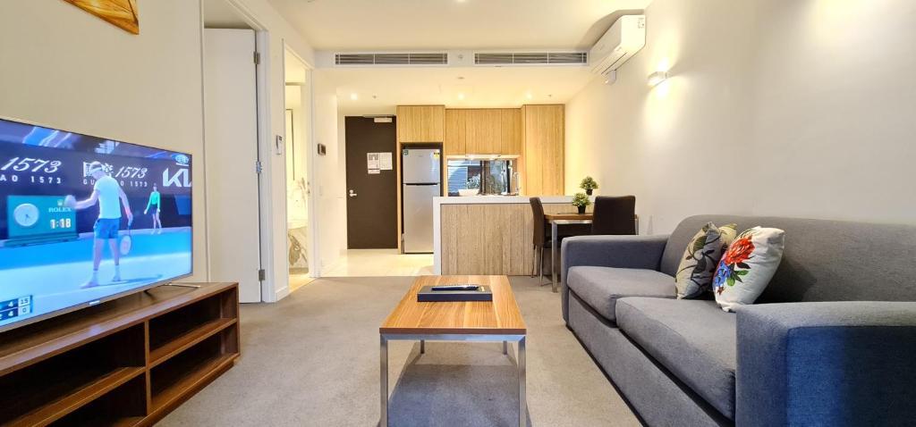 Flinders Street Apartments