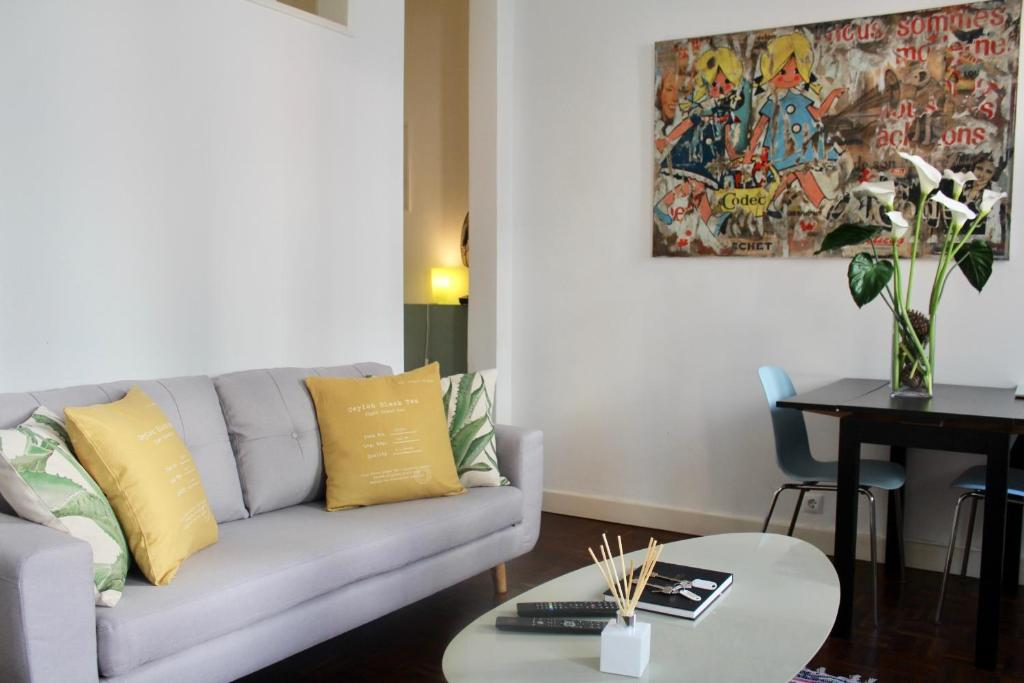 Private Terrace Apartment in Historic Centre 3 by Lisbonne Collection