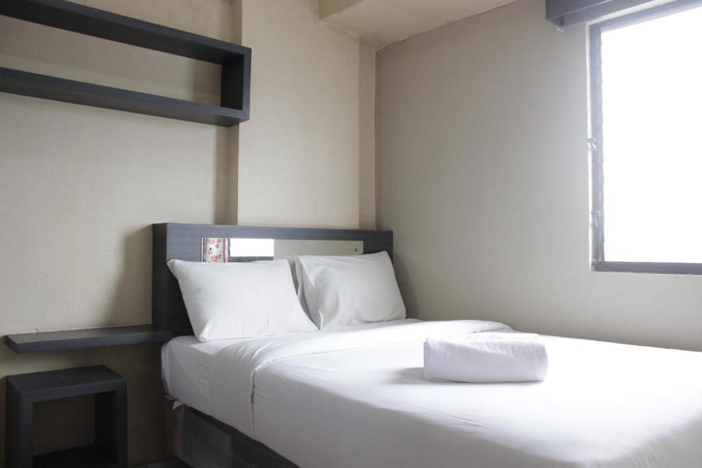 Cozy 2BR Apartment at Gateway Ahmad Yani By Travelio