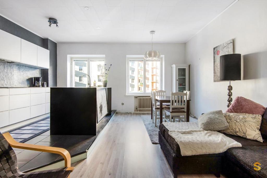 Сколько стоит квартира в хельсинки дубай высота домов