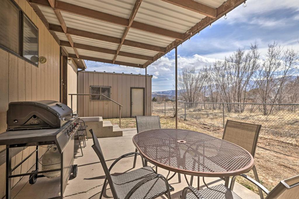 Richfield Home with Views about 13 Mi to Natl Park