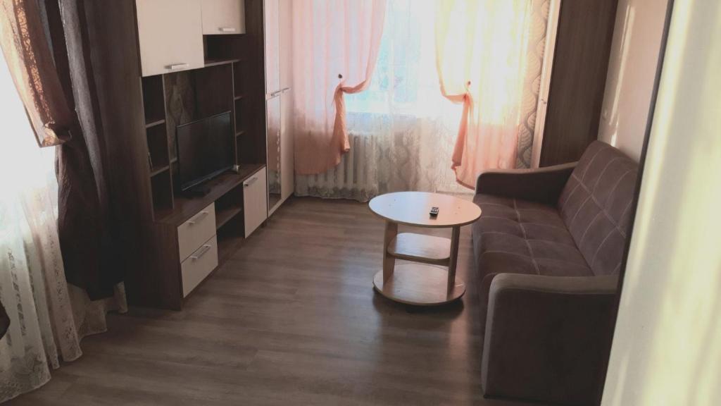 Apartment on Kuzmina 3