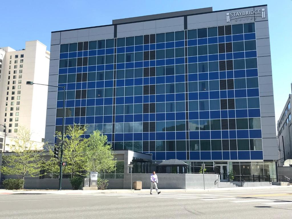 Staybridge Suites Denver Downtown, an IHG Hotel