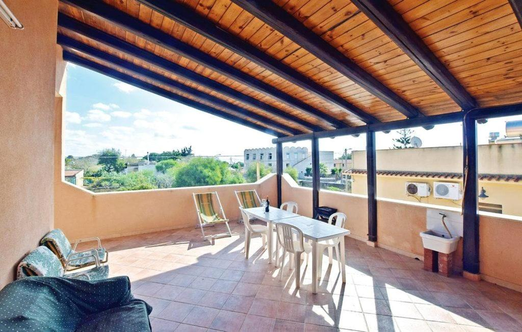Apartment with 2 bedrooms in Triscina with wonderful sea view terrace and WiFi 150 m from the beach