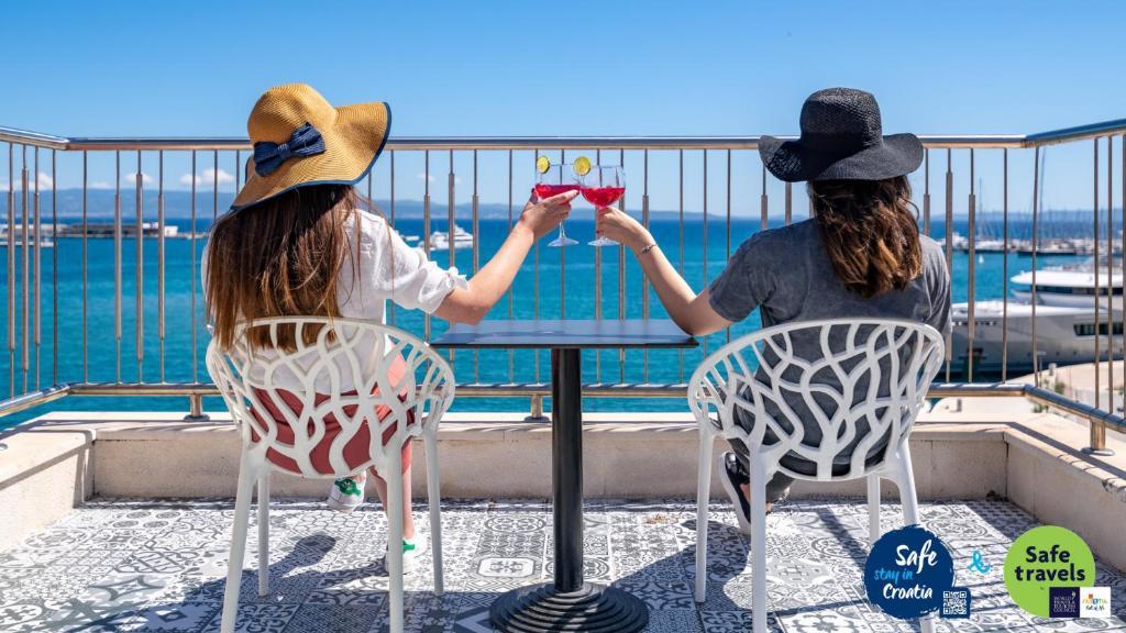 Galeria Valeria Seaside Downtown - MAG Quaint & Elegant Boutique Hotels