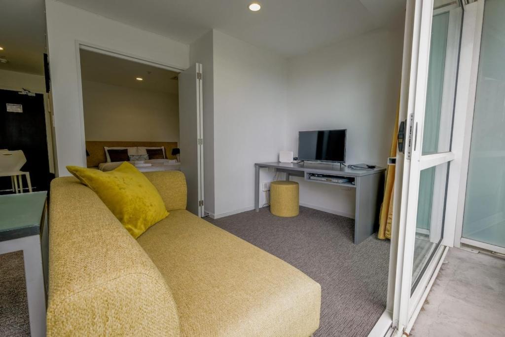 Cosy Renovated 1BD Apartment in CBD Hotel