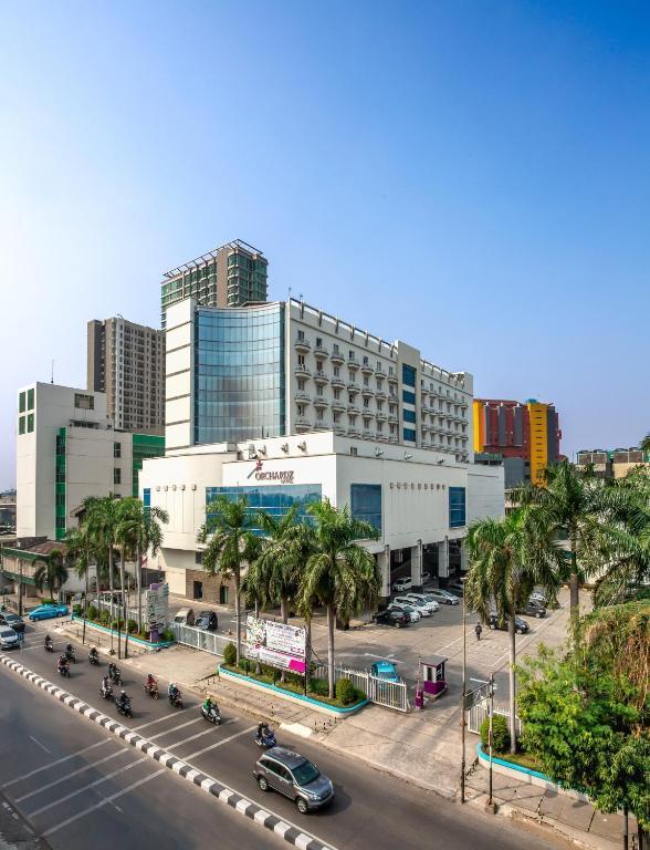 Orchardz Hotel Industri Jakarta