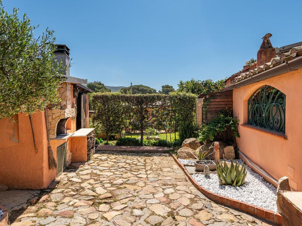 Villa Verde - Short Term Room Rentals image7