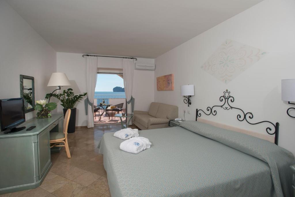 El Faro Hotel & Spa img11