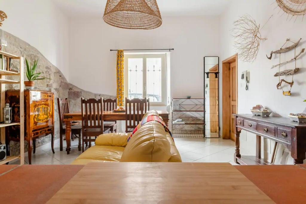 """""""Duas Pedras"""" appartamento privato nel cuore di Bosa img8"""
