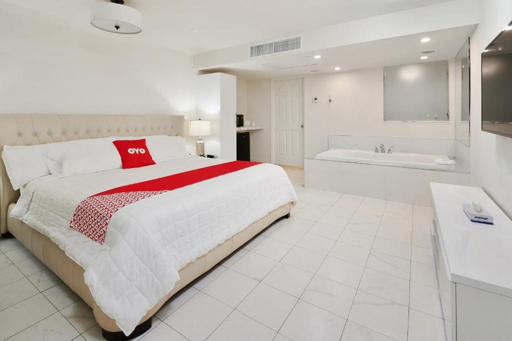 OYO Hotel Coral Gables - Miami Airport