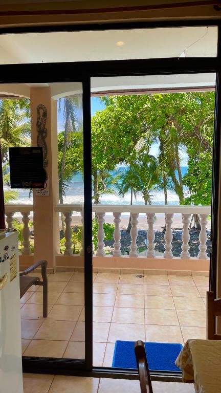 Hotel Beachfront Vista Hermosa