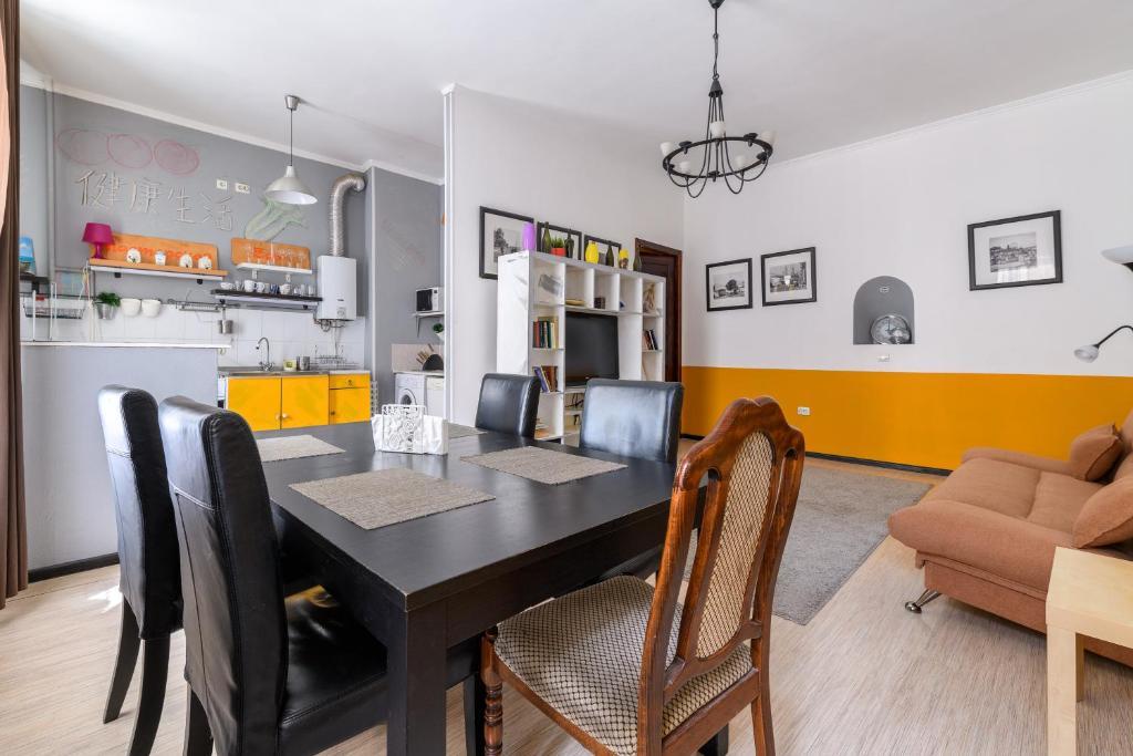 Apartment on Moyka 28