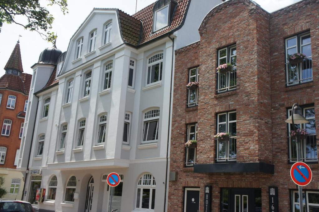 designhotel 1690 apartments rendsburg book your