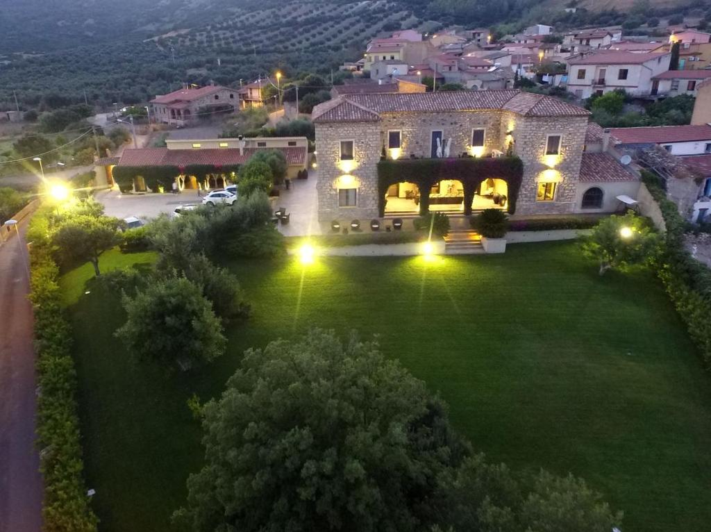 Sardinia Borgo Antico XIX Sec. bild3