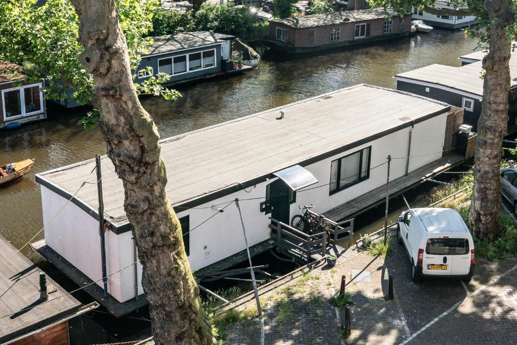 Amsterdam Houseboat amstel