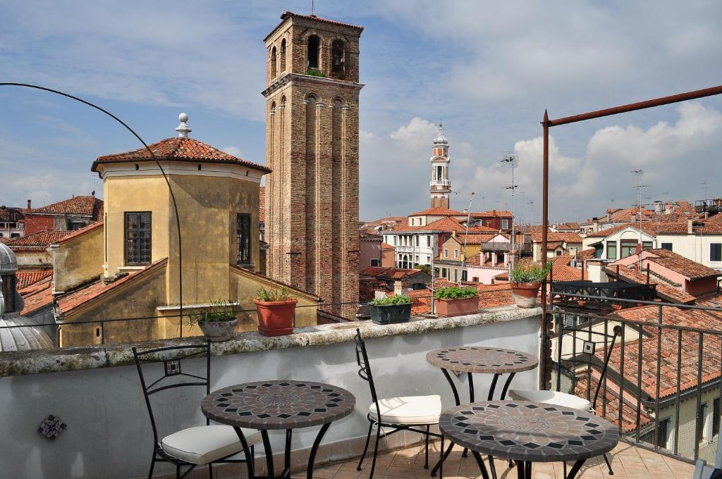 B B La Terrazza Dei Miracoli Venecia Reserva Tu Hotel Con
