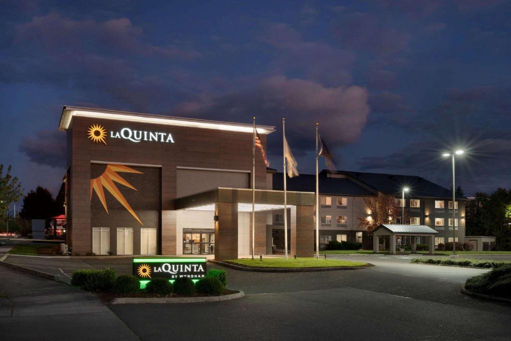 La Quinta Inn & Suites by Wyndham Springfield