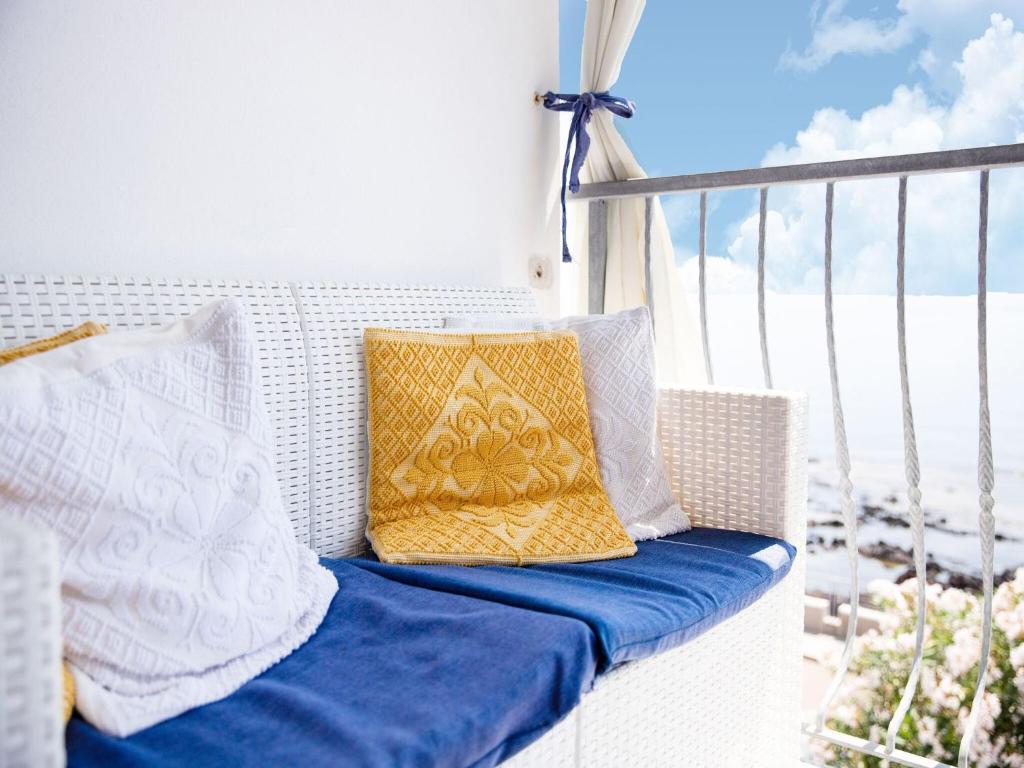 Sprawling Apartment in Cala Gonone near Cala Fuili Beach img34
