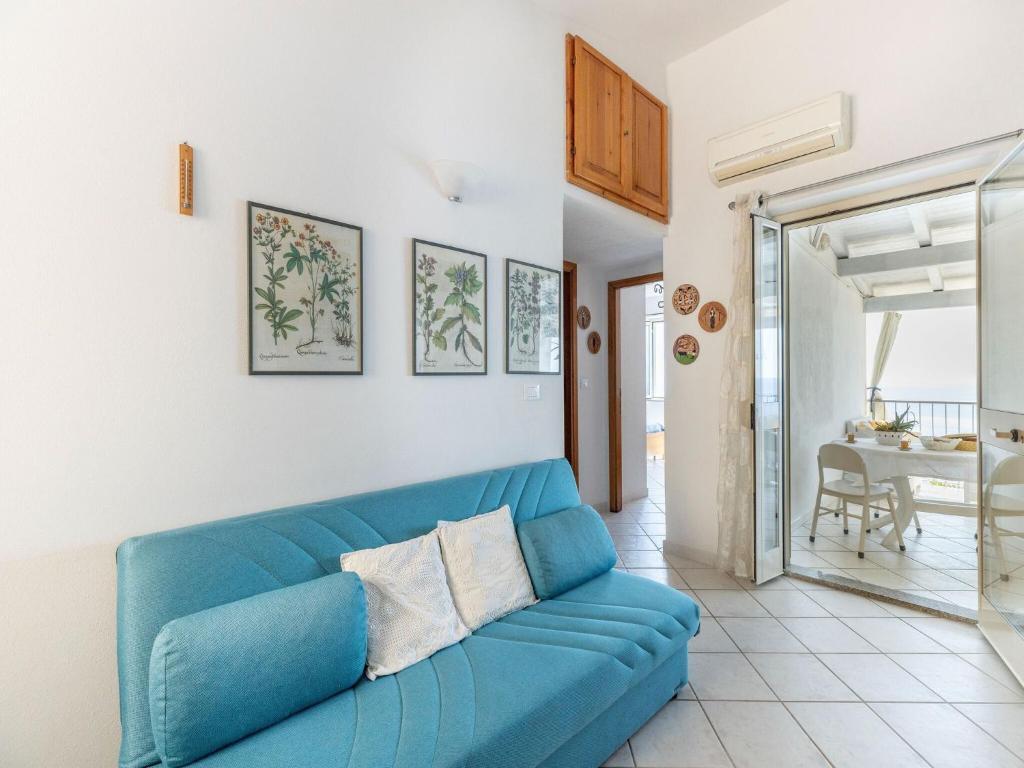 Sprawling Apartment in Cala Gonone near Cala Fuili Beach bild5
