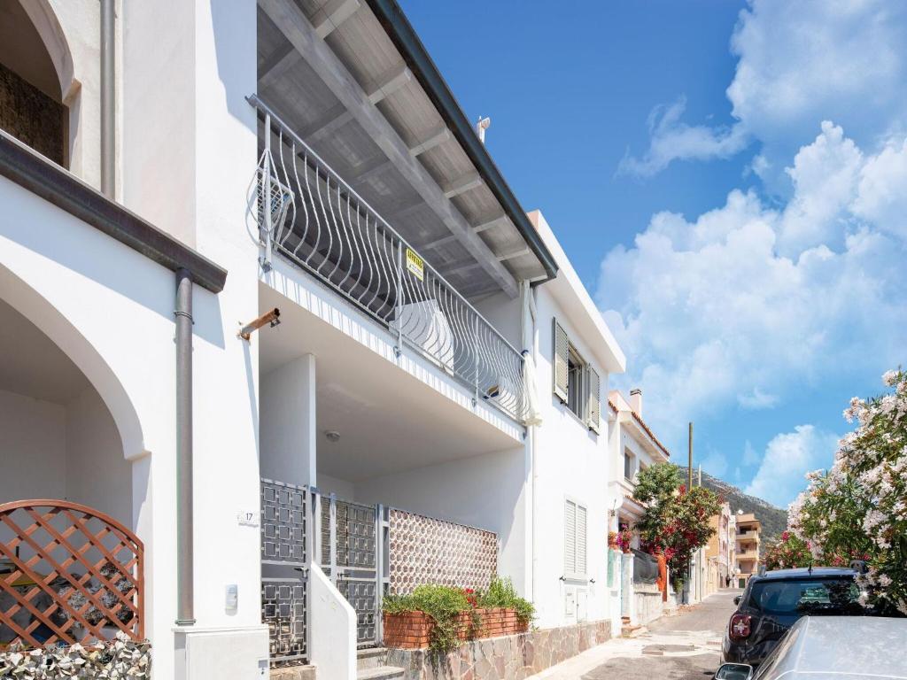 Sprawling Apartment in Cala Gonone near Cala Fuili Beach img37